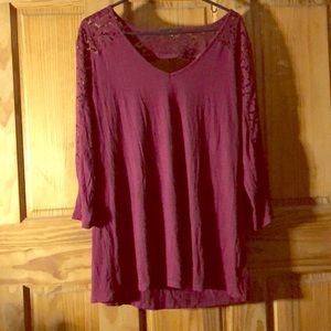 Burgundy top with lace